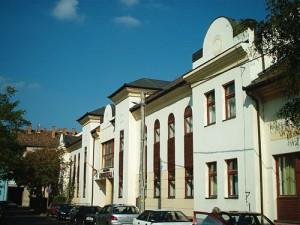 Az iskola jelenlegi épülete
